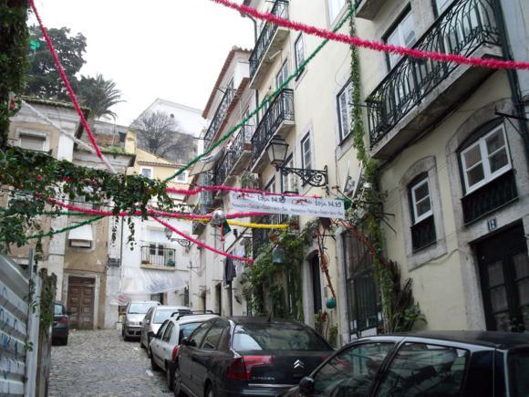 Bar Loja en el Barrio de Alfama, Lisboa