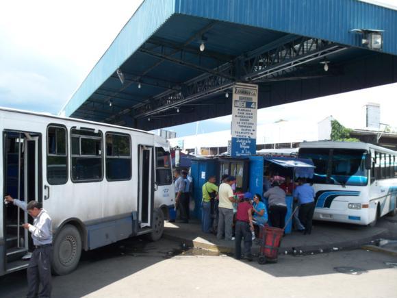 Estación de autobuses de La Bandera, Maracay.