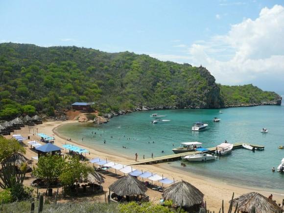 Playa de Isla Puinare, Parque Nacional Mochima.