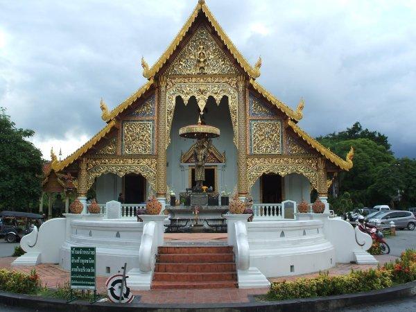 La ruta de los templos, Chiang Mai, Sukotai y Ayutthaya.