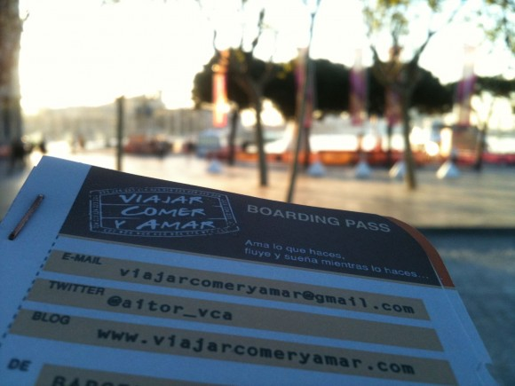 Mis tarjetas en forma de boarding pass realizadas por la gente de ojoxojo (www.ojoxojo.es)