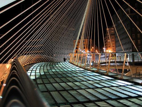 La arquitectura ha puesto a Bilbao en el mapa. Puente de Calatraba en Zubiri.