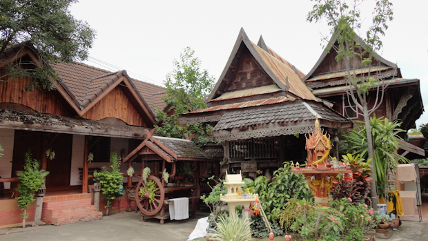 La Old City Guesthouse, frente al parque histórico.