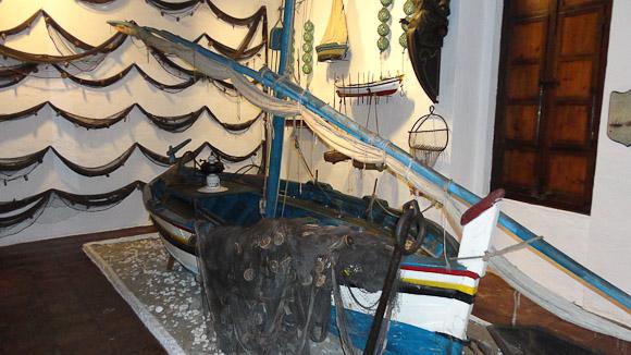 Sardinero, barca de pesca especializada en la pesca de la sardina.