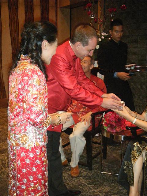 Uno de los momentos centrales de la boda, la ceremonia del Té.
