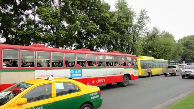 El taxi es junto a los autobuses el transporte más utilizado.