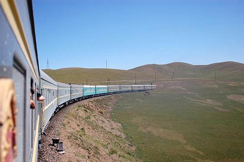 Transmongoliano atravesando Siberia, Mongolia y China hasta Pekín.