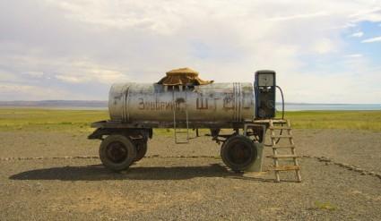 Gasolinera en Mongolia (granadablogs.com)