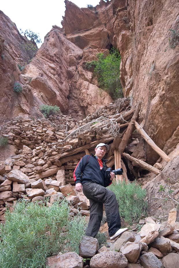 El camino de mulas para subir a la cima es una obra de ingeniería.