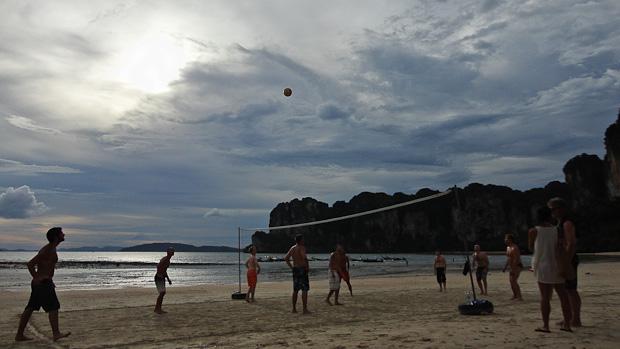 Las tardes tranquilas para hacer amigos y jugar en la playa.