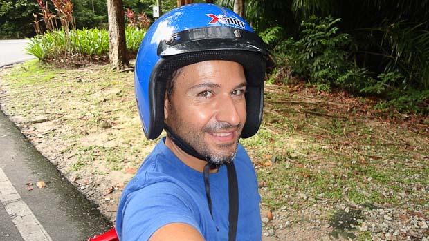 La hormiga atómica o yo mismo con un casco un tanto grande...