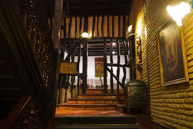 Escaleras principales.
