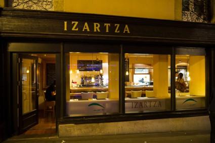 Restaurante Izartza, en la Plaza España de Vitoria.