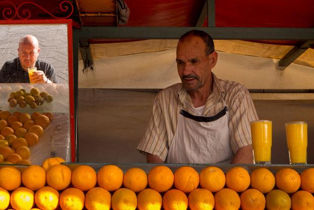 El puesto de zumos de naranja número 37.