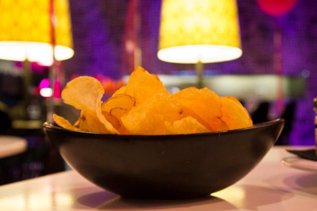Chips con aceite de pimentón.