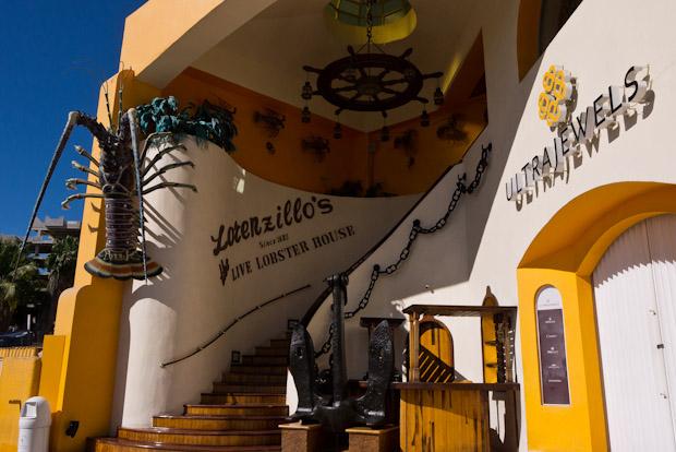 El turista tipo de Cabo San Lucas es americano y adinerado.
