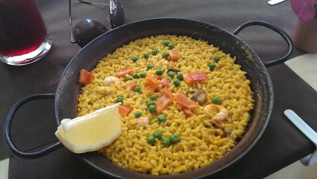 Sea food paela, paella de marico.