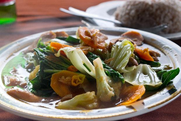 La sopa de pollo con vegetales. Rica, rica y con fundamento...