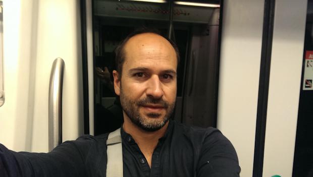 Foto ya tradicional de fin de viaje. En el metro, llegando a casa.