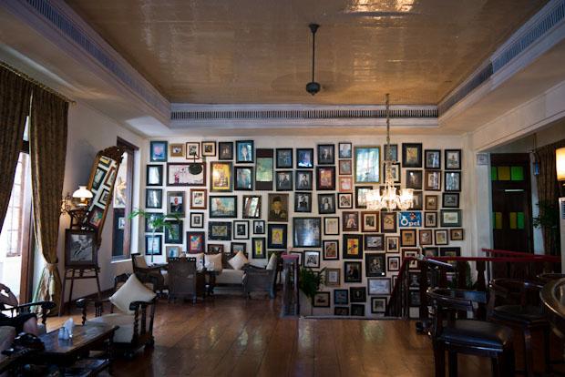 Interior del Batavia. Colonial.