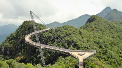 El puente colgante.