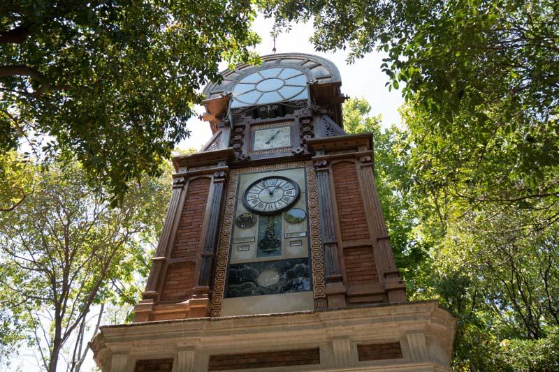 Fachada de la torre del reloj.