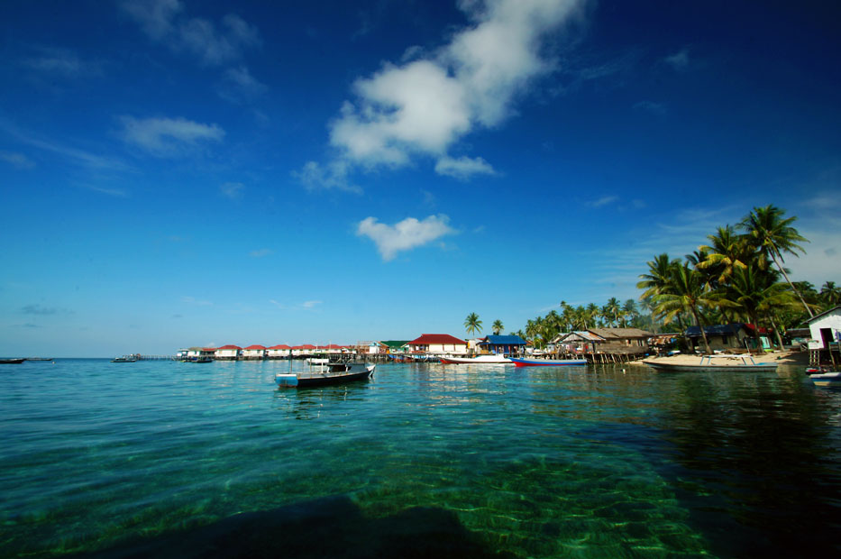 Isla Derawan (c) Indonesia Travel.