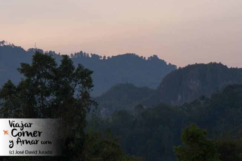 Amanecer en Tana Toraja.