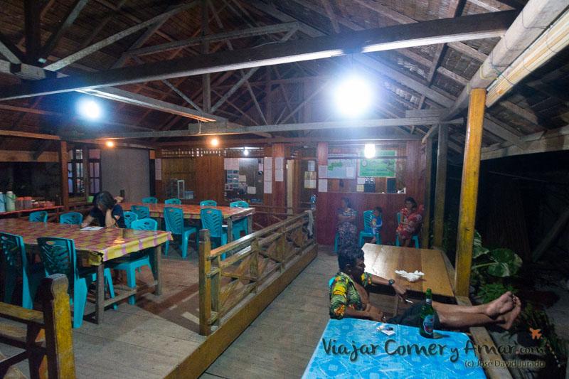 ID-Sulawesi-Togean-Islands-Kedidiri-P1320868-Viajar-Comer-Y-Amar