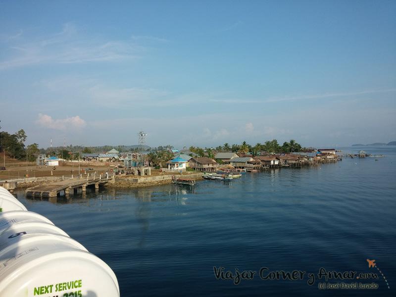 Llegada al puerto de Wakai.