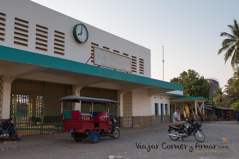 Estación de ferrocarril de Battambang.