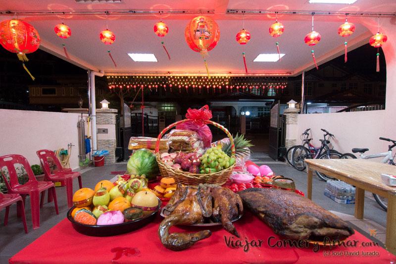 Ofrendas en la celebración del Pai Ti Kong.