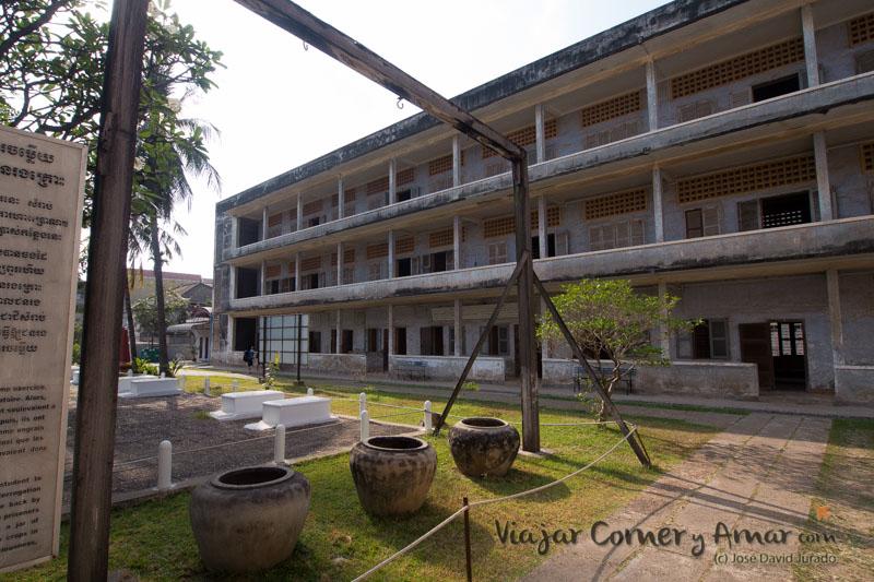 Prision-Toul-Sleng-S21-Phnom-Penh-Camboya-MY-P1400968-Viajar-Comer-Y-Amar