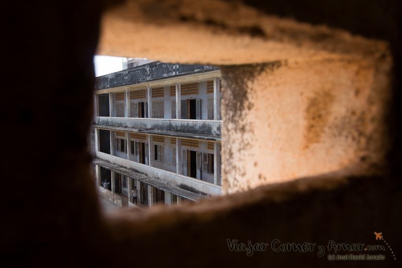 Prision-Toul-Sleng-S21-Phnom-Penh-Camboya-MY-P1400998-Viajar-Comer-Y-Amar