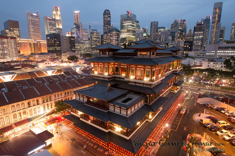 Templo de la reliquia del diente de Buda (Singapur).