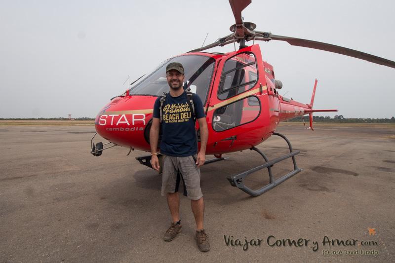 Templos-Angkor-Helicoptero-Helistar-Camboya-KH-P1430312-Viajar-Comer-Y-Amar