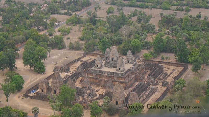 Templos-Angkor-Helicoptero-Helistar-Camboya-KH-P1430356-Viajar-Comer-Y-Amar