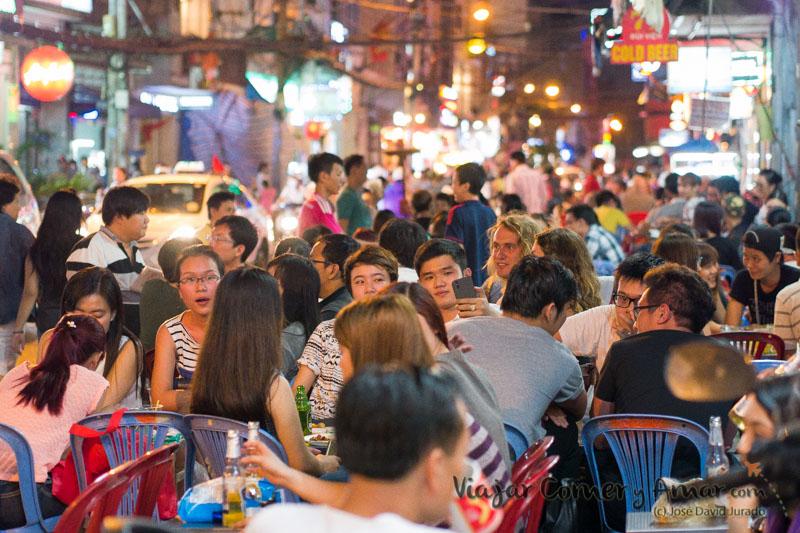 Bui-Vien-Street-Saigon-Ho-Chi-Minh-City-Vietnam-VN-P1440461-Viajar-Comer-Y-Amar