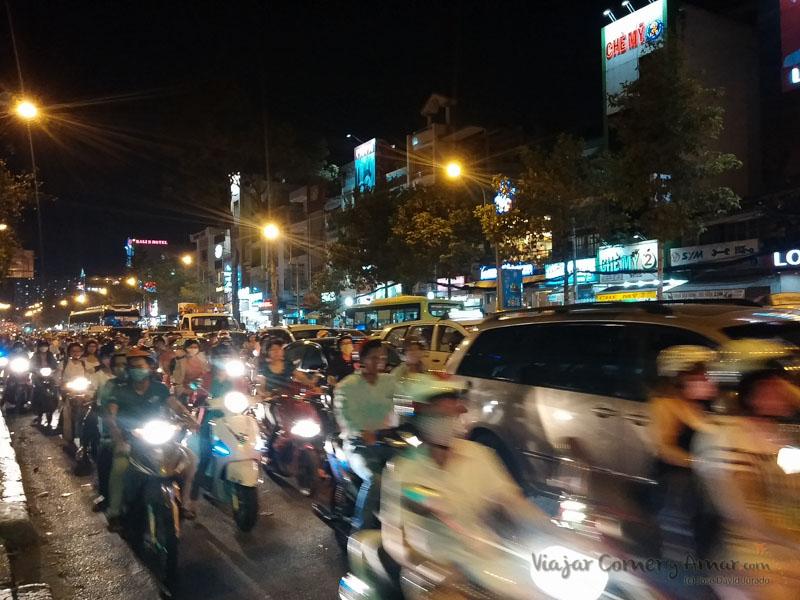 Conducir-moto-vietnam-20150410_184033-Viajar-Comer-Y-Amar