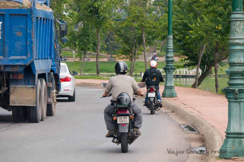 Conducir-moto-vietnam-VN-P1450626-Viajar-Comer-Y-Amar