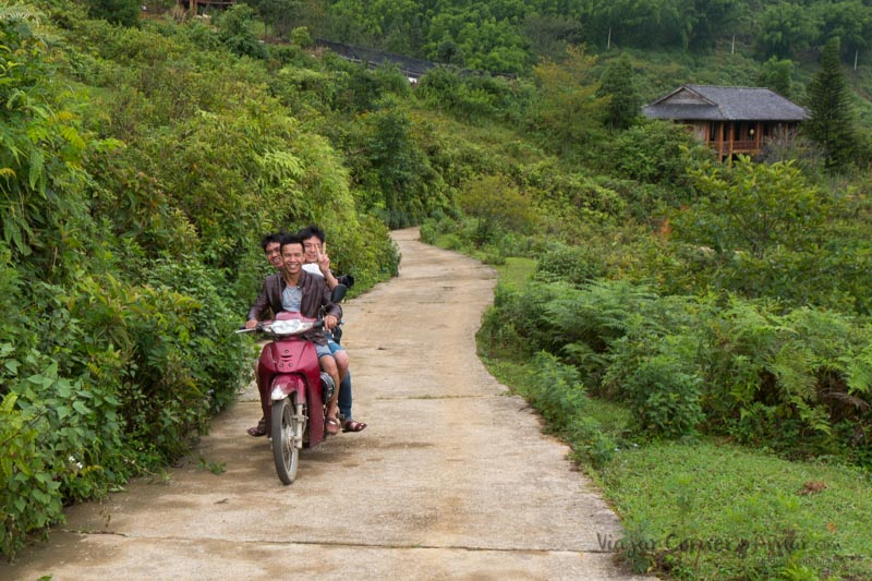 Conducir-moto-vietnam-VN-P1480848-Viajar-Comer-Y-Amar