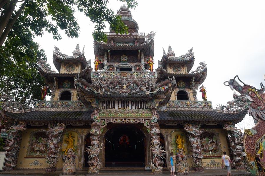 Trai-Mat-TEmplo-Chino-Vietnam-VN-P1450741-Viajar-Comer-Y-Amar
