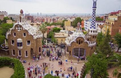 Fotograma del cídeo (Park Güell de Gaudí)